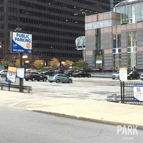 parking for 321 south wacker drive