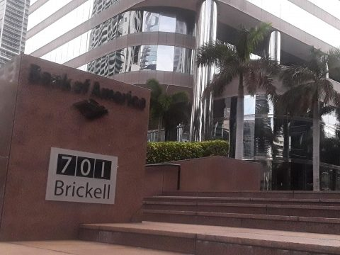 Parking for 701 Brickell