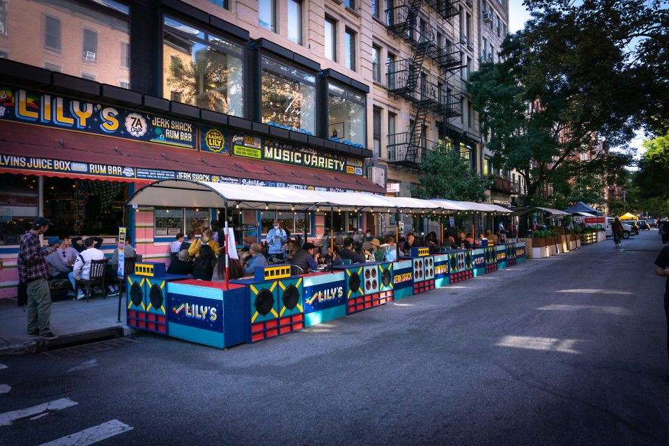 What is a Parklet and How Can It Increase Revenue for Your Commercial Property?